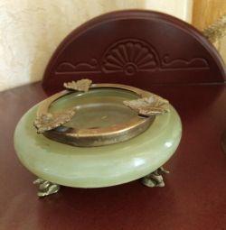 Onyx ashtray from Pakistan