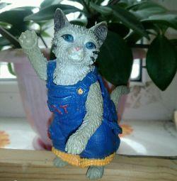Кошечка статуэтка