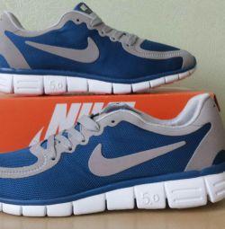 Кроссовки Nike Free Run 5.0 Новые