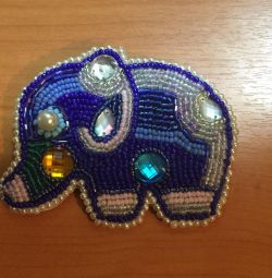 Bead brooches
