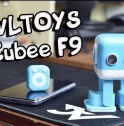 Intelligent dancing robot WLtoys Cubee F9