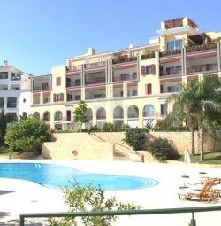 Apartament la parter în orașul vechi / Agia Napa Limas