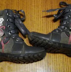 Μπότες - Μπότες για την άνοιξη-φθινόπωρο.