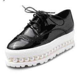 Γυναικεία παπούτσια (λακαρισμένα)