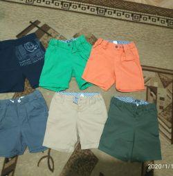 Pantaloni scurți de 2-3 ani