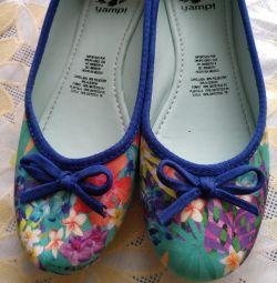 Pantofi de balet naa fata 34 rr două perechi.