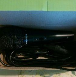 Новий динамічний мікрофон для караоке