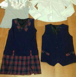 Σχολική στολή για κορίτσι, ύψος 130-140 cm