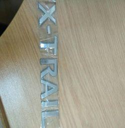 İsim plakası X-TRAIL
