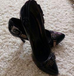 туфлі безкоштовно