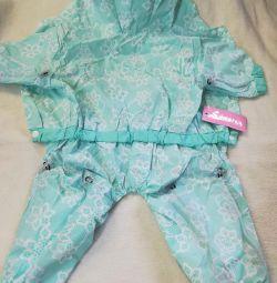Raincoat. ON BOY. size ,, ML ,, L, XL.