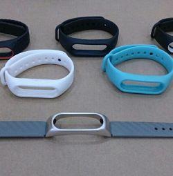 Brățări înlocuibile pentru ceasurile inteligente