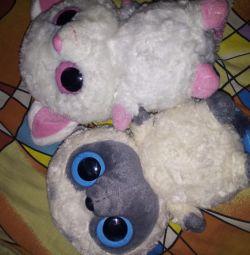 Lamura Plush Toys