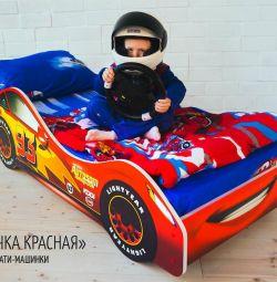 κρεβάτι-αυτοκίνητο για τα αγόρια και τα κορίτσια