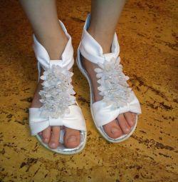 Sandale r. 28