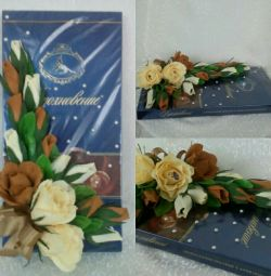 Original decorate flowers with candy
