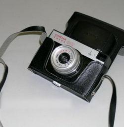 Фотоапарат «Смена-8М» СРСР - 70-80 рр. ХХ століття.