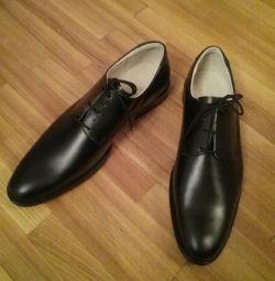Туфли кожаные новые 42р