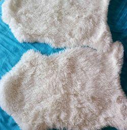 Продаются прикроватные коврики