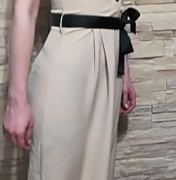 Φούστα Sarafan με ανοικτή πλάτη