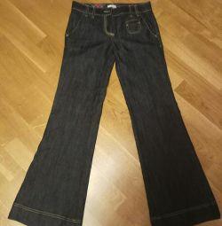 Итальянские джинсы 27 р. Новые, но нет пуговицы