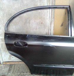 Evanda 2004-2006, arka sağ kapı 96483848