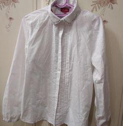 School blouse. Size 140