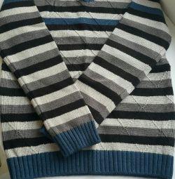 Новый подростковый свитер