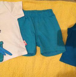 T-shirt, shorts, sleeveless