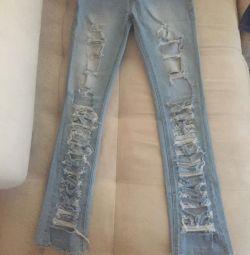 Jeans size 42