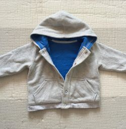 Sweater warm with a hood (6-9 months)