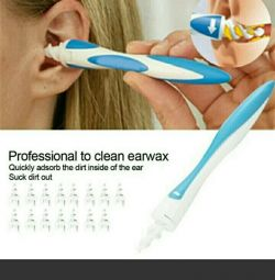 Device for cleaning the ears