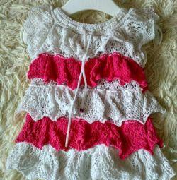 Knitted dress 0-3months.