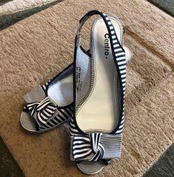 Нова літнє взуття
