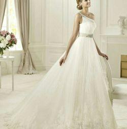 Свадебное платье пышное кружевное Pronivias Diosa
