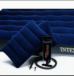 Στρώμα αέρα στο σετ Intex Classic 152 * 203 * 22
