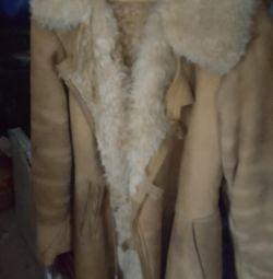 παλτά από δέρμα προβάτου