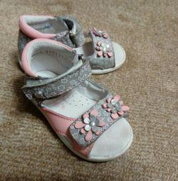 Kotofey sandalet 21 boyutu