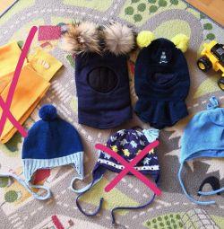 Шапки і шоломи тeплие для хлопчика.