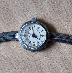 Часы Заря Механические СССР 17 камней