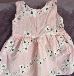 Φόρεμα για ένα κορίτσι ηλικίας 2 ετών