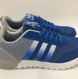 Сине-серые кроссовки Adidas