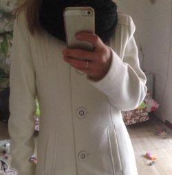 Λευκό παλτό
