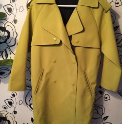 Coat (Trench) lemon-mustard color 40-46 rr