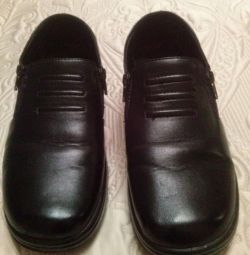 Туфли (ботинки) размер 40-41