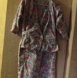 Костюм - платье- сарафан. И пиджачок Р.46-48