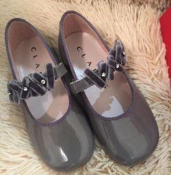 Νέα παπούτσια Ισπανία