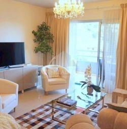 Apartament la etajul superior în Agios Tychonas Li