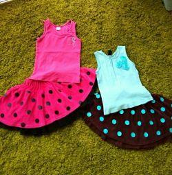 O mulțime de haine pentru o fată