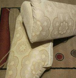 Подушки від дивана